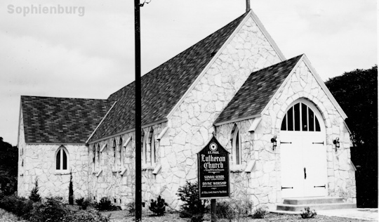 Early photo of the St. Paul Lutheran Chapel.