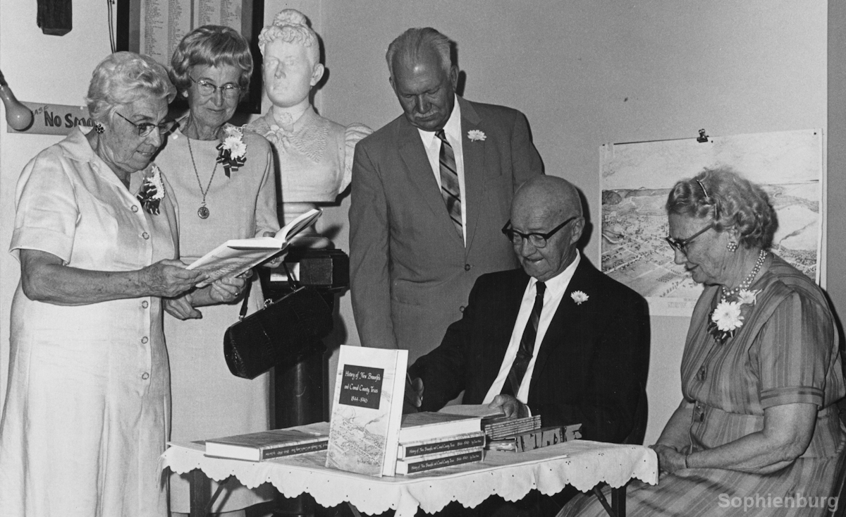 "Ottie Coreth, Franciska Liebscher, Fred Oheim, Oscar Haas and his wife at book signing of ""History of New Braunfels and Comal County, Texas, 1844-1946."""